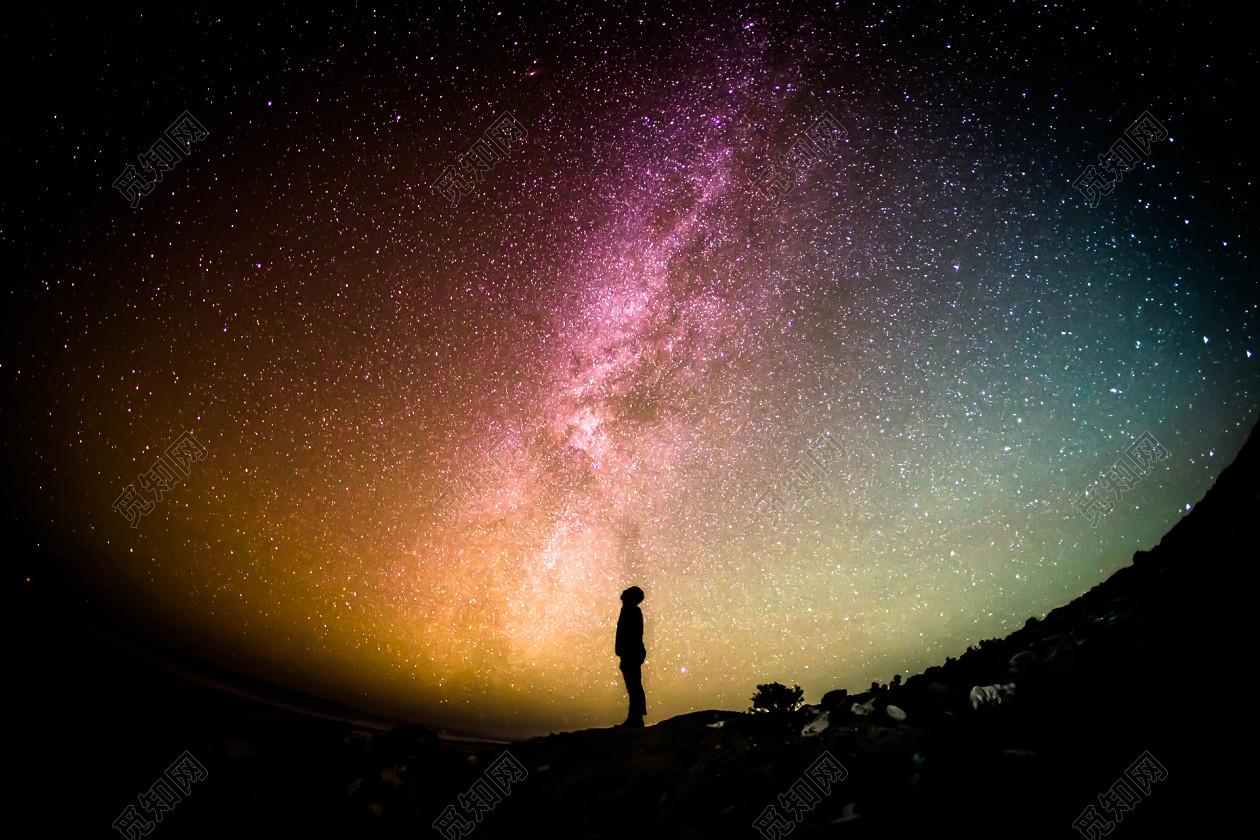 下载jpeg 背景素材 高清唯美梦幻星空人物星云银河太空宇宙海报背景图