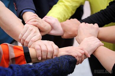 成功團隊合作團結信任手握在一起協作團隊建設精神商務圖片