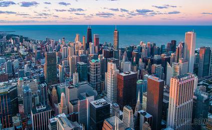 城市建筑設計商務城市高樓大廈云層城市圖片