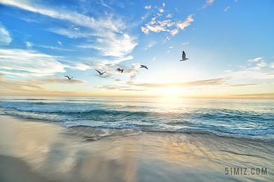 藍色旅游唯美大海水面沙灘景點藍天圖片