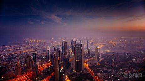 商務建筑城市夜景背景圖片
